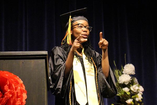 McDonald_NMSD-Graduation-5-31-19_32